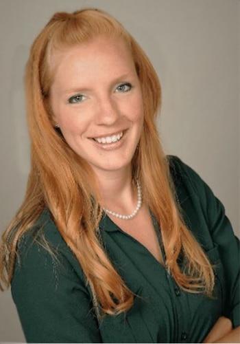 Chiropractor Algoma WI Amber Vanden Avond